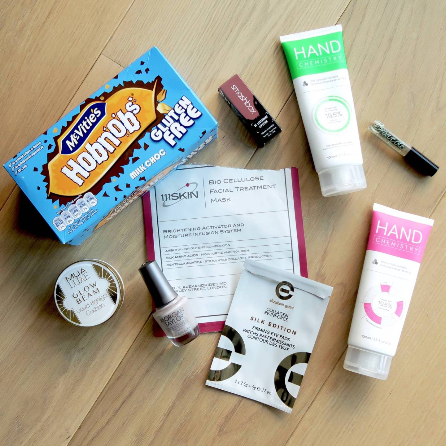 Current Favourites #2: Gluten-free Hobnobs (THE DREAM), my perfect nude lipstick, my holy grail brow gel and some amazing sheet masks.