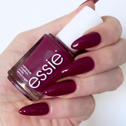 Essie Winter Collection 'New Year New Hue'