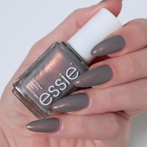 Essie Winter Collection 'Social-Lights'