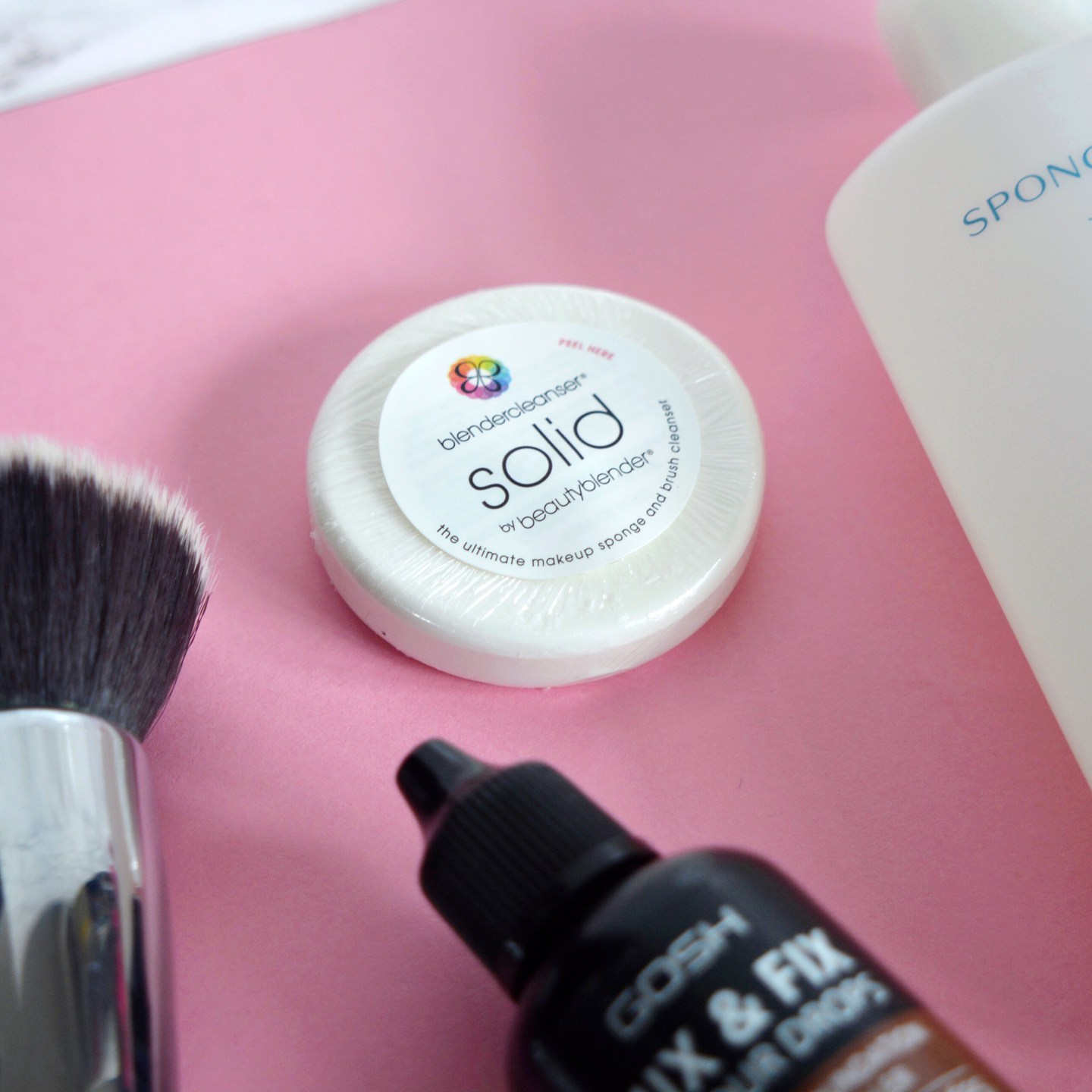 My tips for how to achieve a flawless base: how to clean your brushes (suitable for sensitive, rosacea skin)