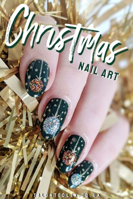 Christmas nail art inspiration. Christmas tree baubles, hand painted nail art ideas. Easy nail art for the festive season. #talontedlex #easynailart #christmasnails #christmasmanicure #festivesnails