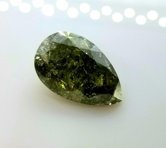 the most largest chameleon diamond