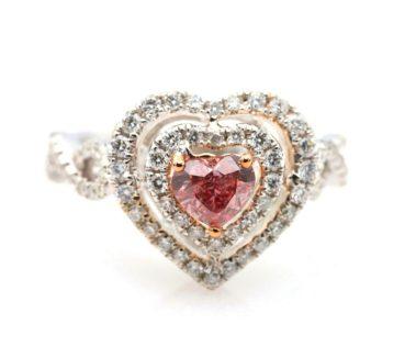 heart shape fancy deep pink diamond ring