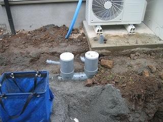 風呂と洗面台からの排水配管