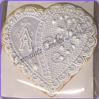 pretty wedding cookies