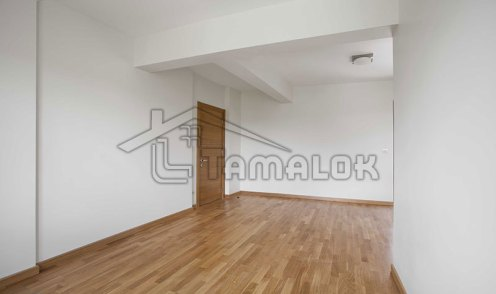 property_56f7b52c1ea41