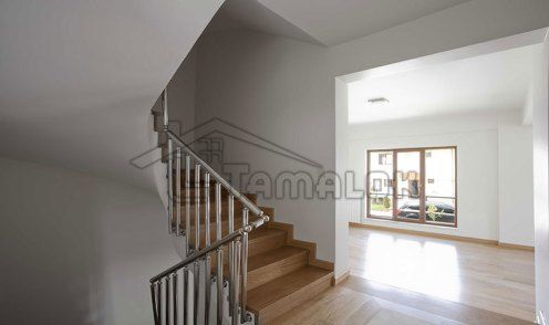 property_56f7b52d032e9