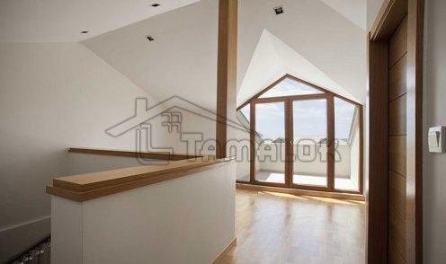 property_56f7b52f70422