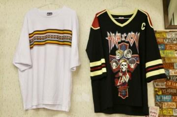 オリジナルTシャツをはじめ、バスタオル、ジャンボうちわ、クリアファイル