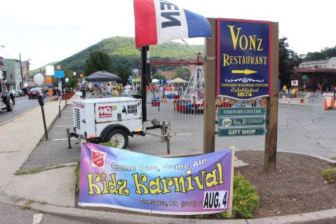 Salvation Army Kidz Karnival, Kids Carnival, Train Station Lot, Tamaqua, 8-4-2015 (42)