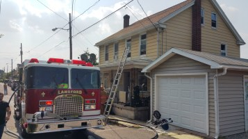 House Fire, Smoke, West Water Street, Lansford, 9-1-2015 (7)