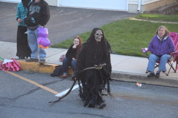 45th Annual Halloween Parade, Lehighton, 10-17-2015 (398)