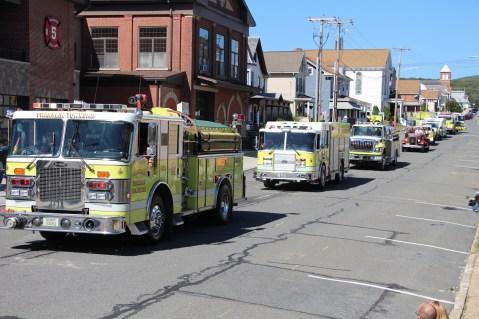 Parade for New Fire Station, Pumper Truck, Boat, Lehighton Fire Department, Lehighton (199)