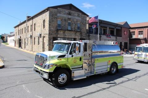 Parade for New Fire Station, Pumper Truck, Boat, Lehighton Fire Department, Lehighton (309)