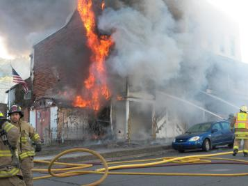 Structure Fire, photos courtesy Bill N Tonia, Ashland, 10-18-2015 (12)