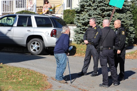 Hit And Run Investigated, Rowe Street, North Lehigh Street, Tamaqua, 11-16-2015 (1)