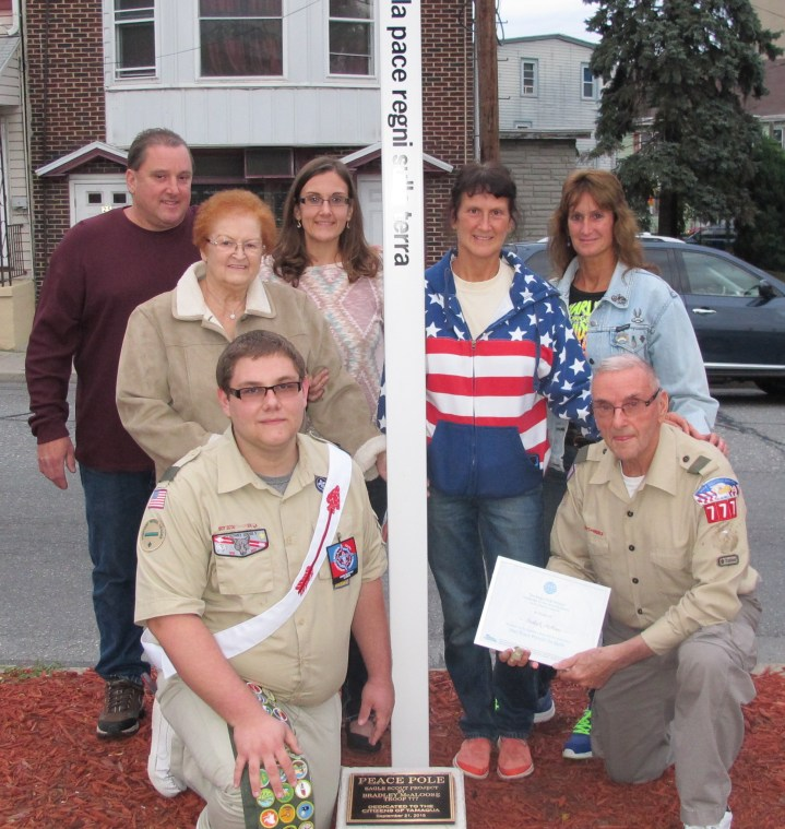 Peace Pole Dedication, Tamaqua Boy Scout, Train Station lot, Tamaqua, 9-21-2015 (27)