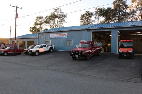 Tamaqua Salvation Army Youth Group Visits South Ward Fire Company, Tamaqua, 10-8-2015 (1)