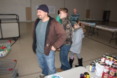 Tamaqua Troop, Pack, 777, Collecting, Sorting, Donations, Salvation Army, Tamaqua, 11-14-2015 (32)