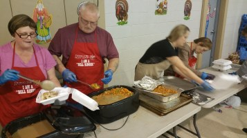 Thanksgiving Day Meal, Deliveries, Tamaqua Salvation Army, Tamaqua, 11-26-2015 (7)