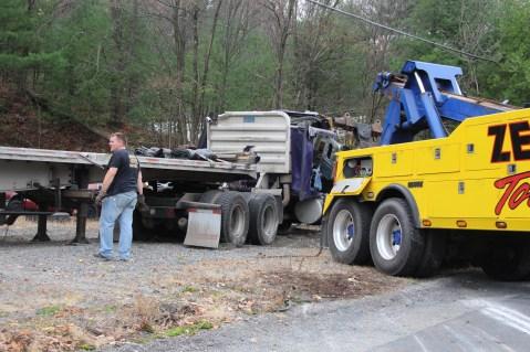Tractor Trailer Overturns, US209, SR93, Nesquehoning, 11-5-2015 (51)