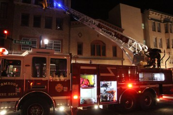 Apartment Building Fire, 45 West Broad Street, Tamaqua, 12-19-2015 (135)