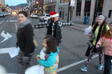 Community Members, Volunteers with Tamaqua Community Arts Center Sing Carols, Tamaqua (15)