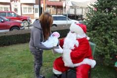 Santa Claus Stops at American Hose Company, Tamaqua, 12-20-2015 (28)