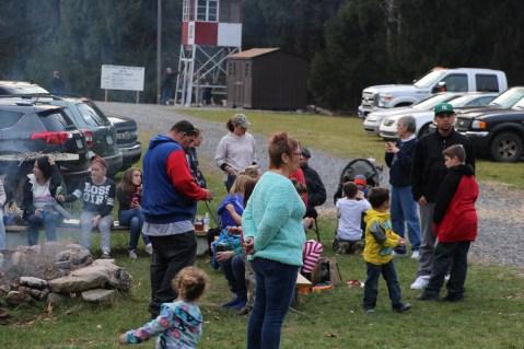 Santa Claus Visits Dam, Festival at Owl Creek, Tamaqua, 12-12-2015 (14)