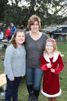 Santa Claus Visits Dam, Festival at Owl Creek, Tamaqua, 12-12-2015 (36)