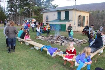 Santa Claus Visits Dam, Festival at Owl Creek, Tamaqua, 12-12-2015 (37)