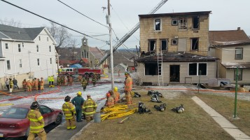 fire-200-block-of-north-second-street-lehighton-1-9-2017-52