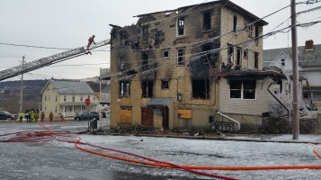 fire-and-ice-200-block-of-north-second-street-lehighton-1-9-2017-10