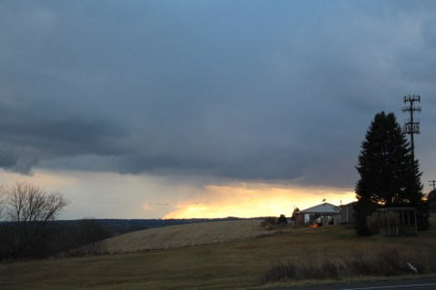 snow-clouds-eastern-schuylkill-county-as-viewed-from-lehigh-county-1-30-2017-25