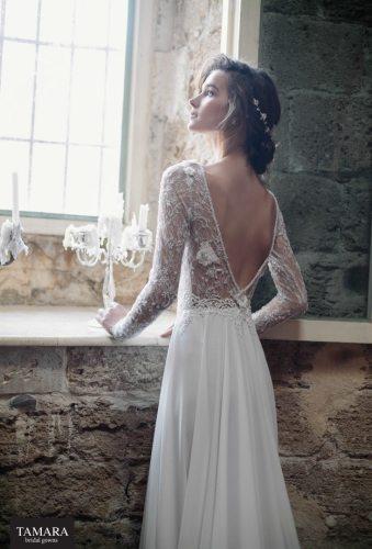 שמלת כלה עם שרוולי תחרה, גב חשוף