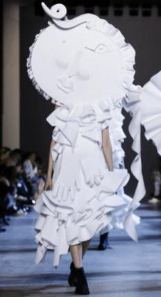 Viktor & Rolf - Couture S/S16 Paris