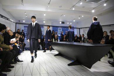 Chalayan Menswear F/W 2017 London 1