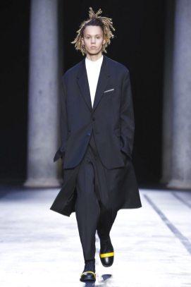 Neil Barrett Menswear F/W 2017 Milan 1