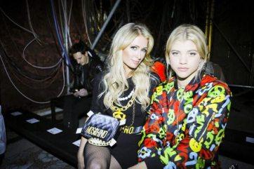 Paris Hilton & Sofia Richie Front Row Moschino Menswear F/W 2017 Milan 10