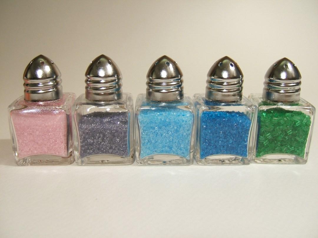 Colored sugar DIY