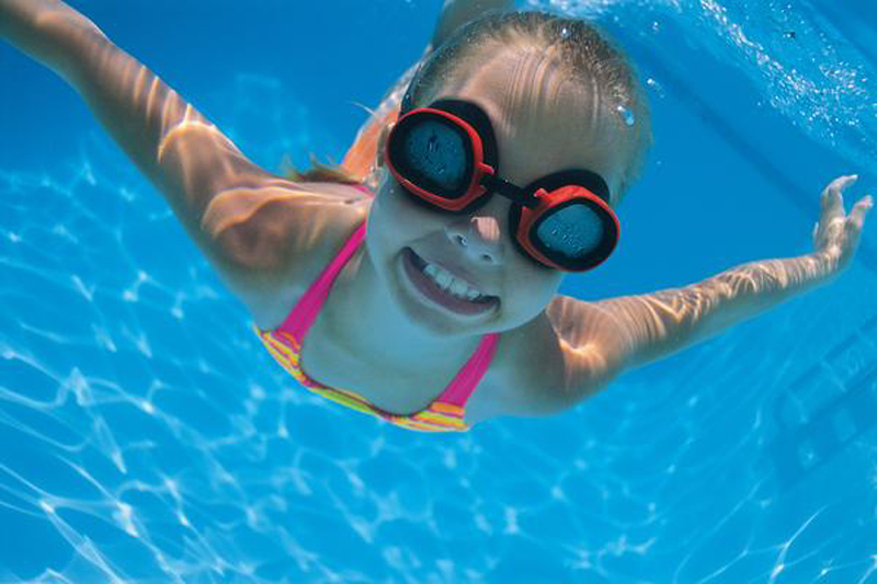 swimming-girl