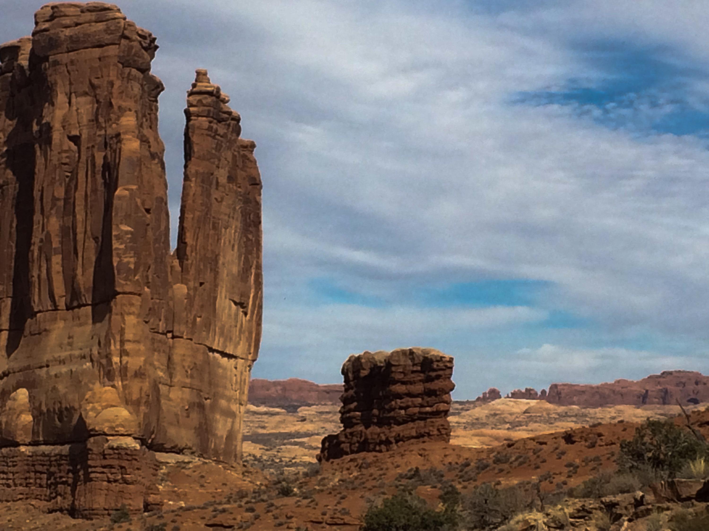 Pillars, utah, desert