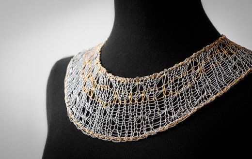 Athéna knitted chain with silver and gold metal chain
