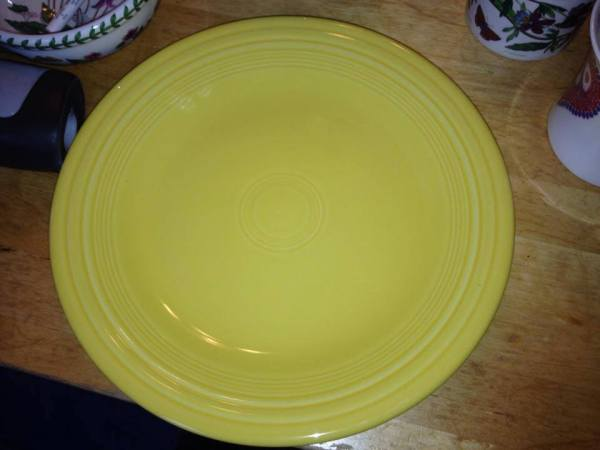 Newer (c. 2014) Yellow Fiestaware Plate: Lead-free & Cadmium-free!