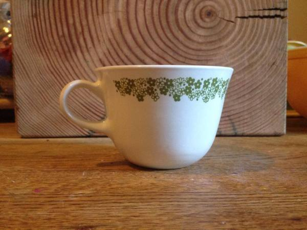 Vintage Corelle Livingware Spring Blossom Green Crazy Daisy Pattern Mug: 31,700 ppm Lead