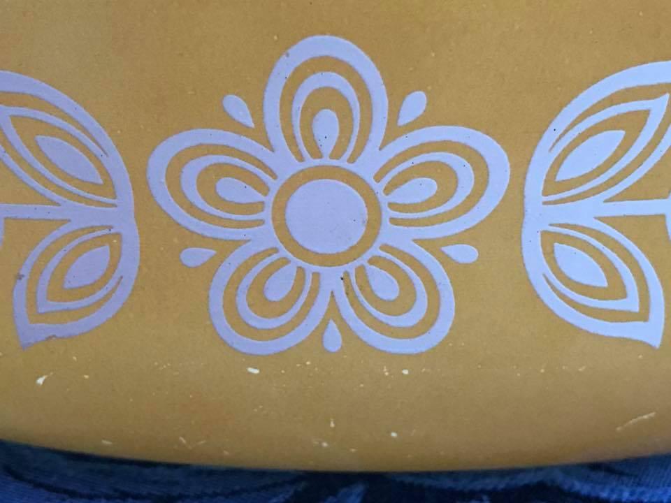 Vintage C 1972 Quot Butterfly Gold Quot Pyrex Casserole Dish