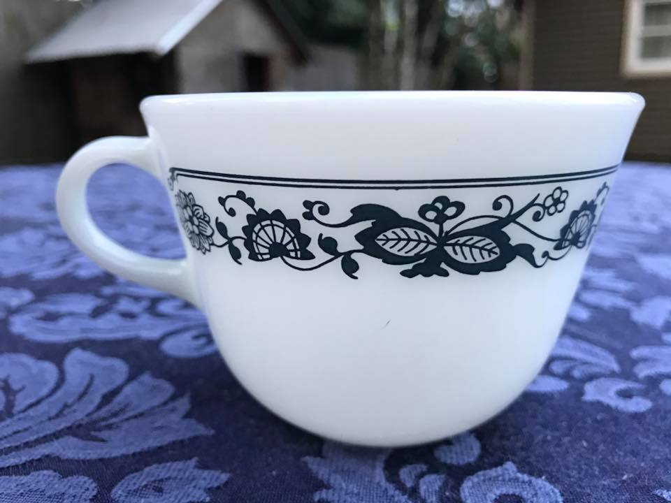 Old Town Blue Pattern Vintage Pyrex Tea Cup, c.1972 - 1982 Tamara Rubin, Lead Safe Mama
