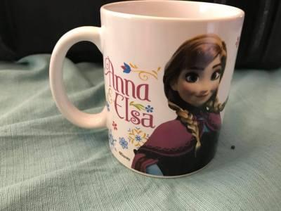 2014 Zak Designs Frozen Anna & Elsa Mug: 8,834 ppm Lead (90 ppm Lead is considered unsafe for children.)
