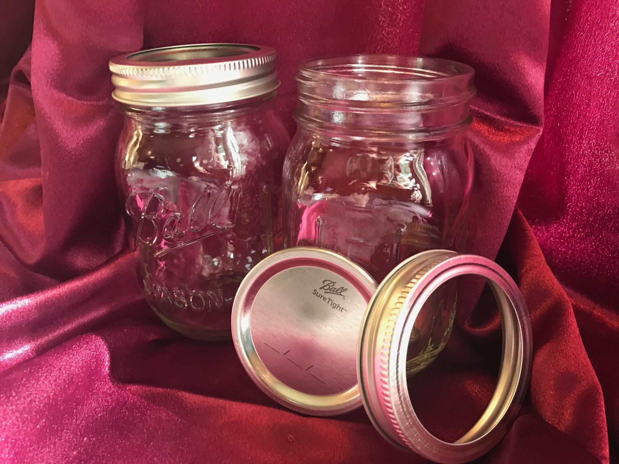 2018Ball Pint Mason Jar, Regular Mouth, 16 ozWith Lids Lead Safe Mama