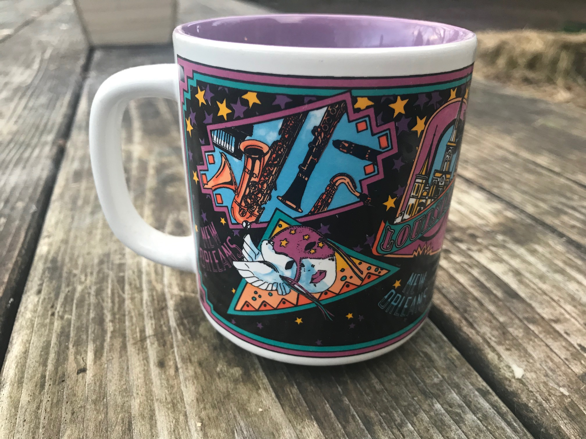 2018 New Orleans Souvenir Mug: 16,700 ppm Lead, 109 ppm Cadmium.